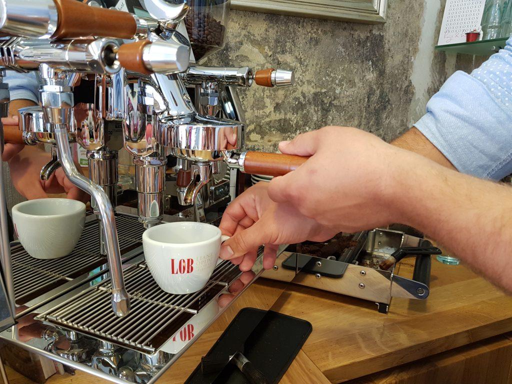 Espressomaschine - Vesuvius ACS- Liane Opitz Buecher